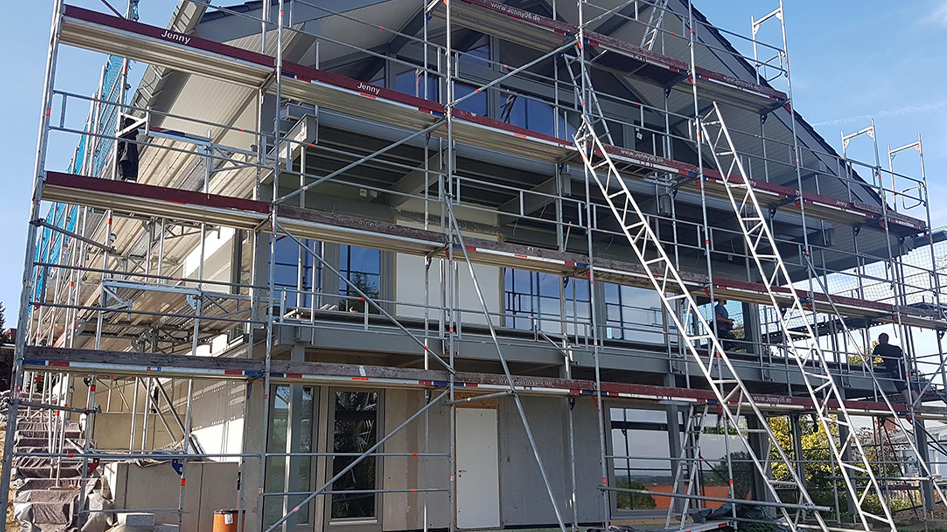 Hoch im Norden: Modernes Fachwerkhaus in Küstennähe